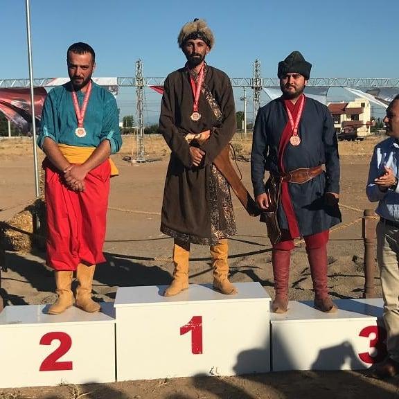 Performans Sporcuları Madalyaları Topladı!